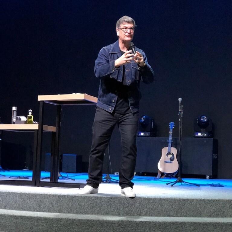 Carlito Paes, pastor da Igreja da Cidade